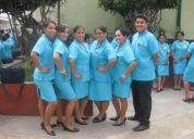 Enfermeras tecnicas y licenciadas en el cuidado de pacientes de geriatria a domicilio