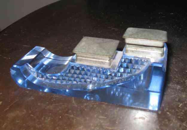 Vendo Tintero Antiguo de cristal color agua marina