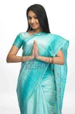 saris  vestimenta típica de la india  elegantes  de diferentes precios