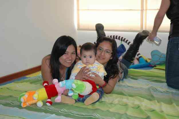 Babysitter-Los Olivos URGENTE