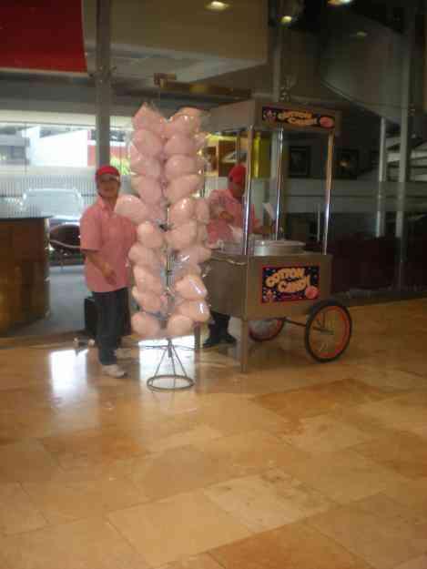 Carrito de algodones dulces