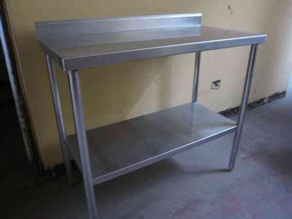 Mobiliario para fuente de soda y o restaurante lima for Fuentes de jardin de segunda mano