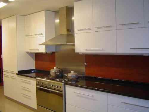 Muebles cocinas y closets de Melamina , instalacion pisos y techo