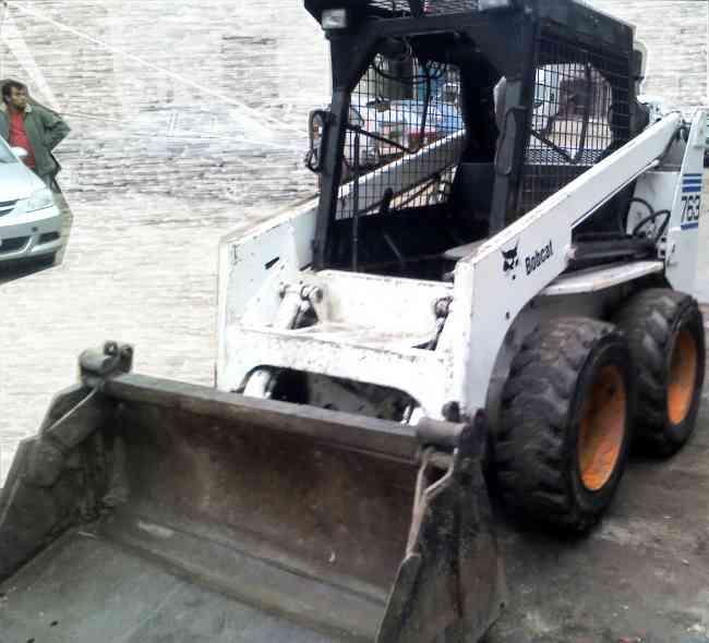 MINICARGADOR BOB CAT RECIEN IMPORTADO EN REMATE