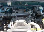 Vendo toyota hilux 4x4 motor 3l petrolero japones