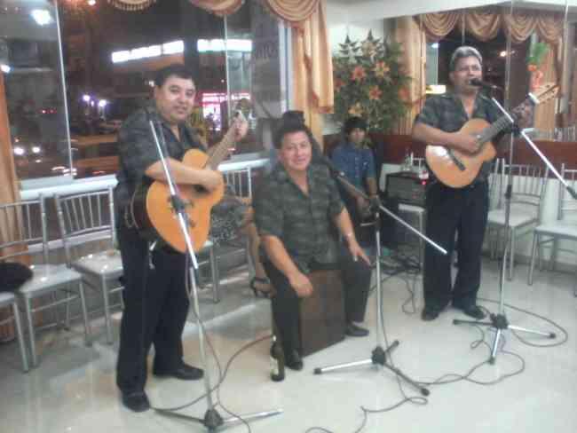 musica criolla boleros de los panchos y buena cumbia
