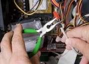 Electricistas  atienden  a  domicilio  y  empresas   las  24  horas