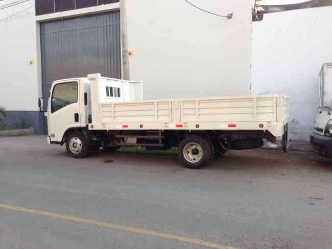 baranda rebatible para camiones de 3 a 5 toneladas lima. Black Bedroom Furniture Sets. Home Design Ideas