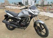 Vendo moto honda,unicorn 150cc,color plomo y documentos en regla