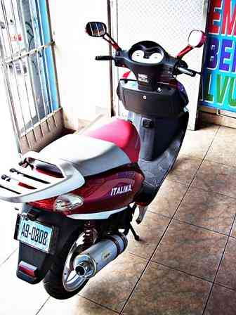 Moto scooters italika ds150 seminueva s/2600.00 S/. 0.00