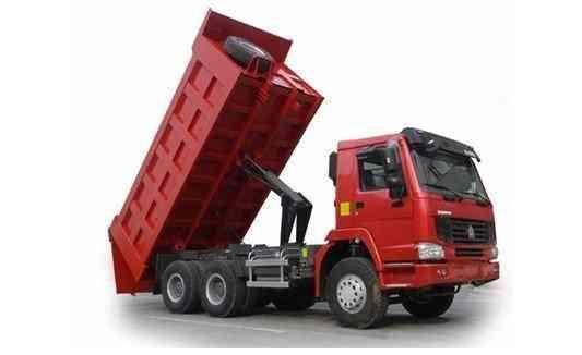 Venta de volquetes sinotruk tipper 6x4 y venta de camiones ligeros marca strong 2,4 y 6tn S/. 0.00