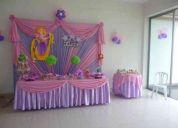 decoracion con globos y flores para  eventos exclusivos