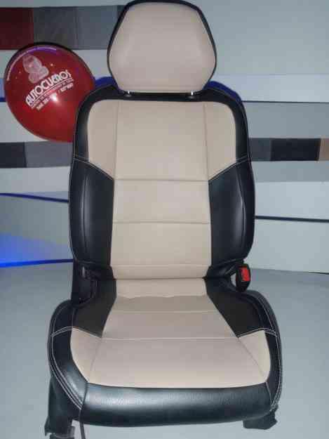 Fundas para asientos de autos en tacto cuero $ 280 USD