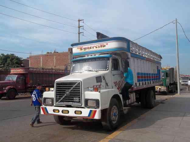Vendo camion volvo S/. 0.00