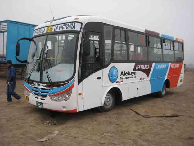 Accesorios y componentes para carrocerÍas de buses. asientos, faros, frontal y posterior S/. 100