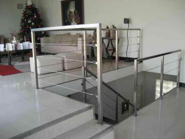 Escaleras metalicas barandas estructuras metalicas - Escaleras metalicas plegables ...