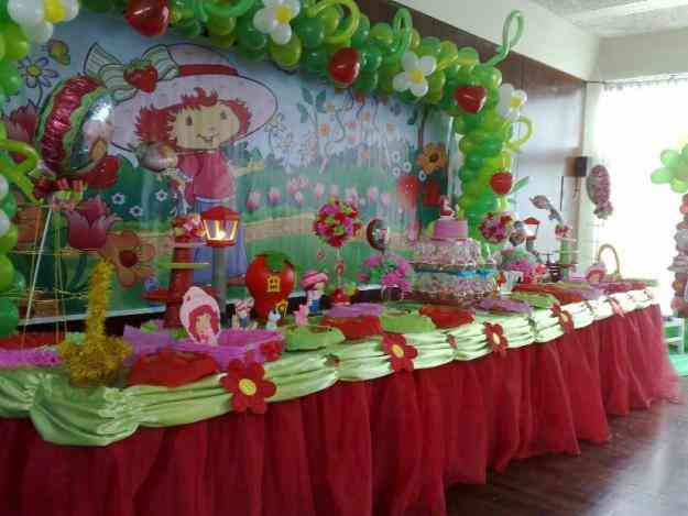 Decoración de fresita para fiestas infantiles - Imagui