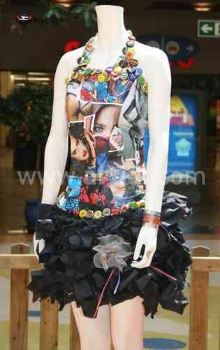 Vestido De Material Reciclado