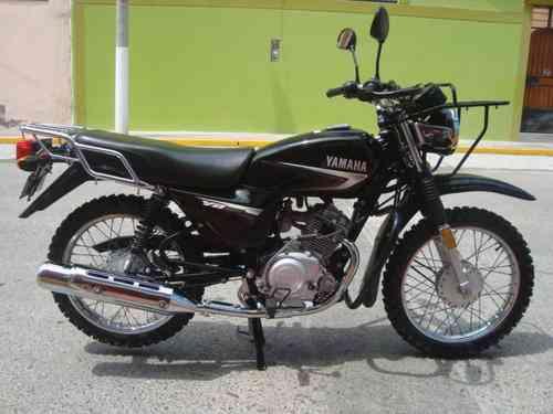 fotos de vendo moto yamaha 125cc chacarera ilo. Black Bedroom Furniture Sets. Home Design Ideas