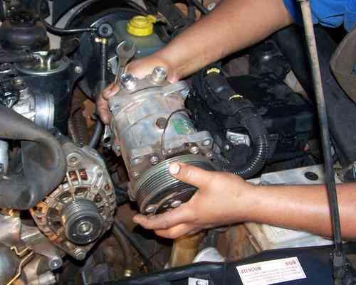 Reparacion y manteniemiento d e furgones isotermicos importad S/. 2,000