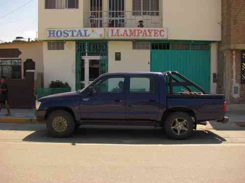 Camioneta toyota hilux 4x2 petrolera del 98 $ 10,000 USD