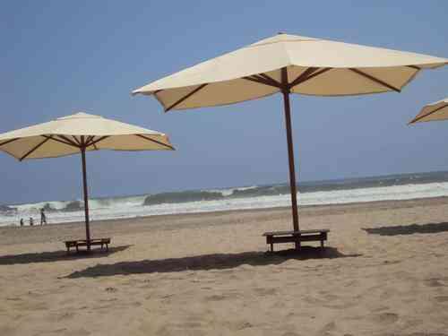 gallery of great sombrillas y muebles para playas y clubes lima hogar jardin muebles with sombrillas de playa grandes with sombrillas de playa grandes - Sombrillas De Playa Grandes