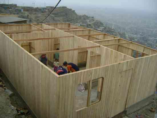 de casas prefabricadas en machihembrado de bolayna CASALINK - Lima