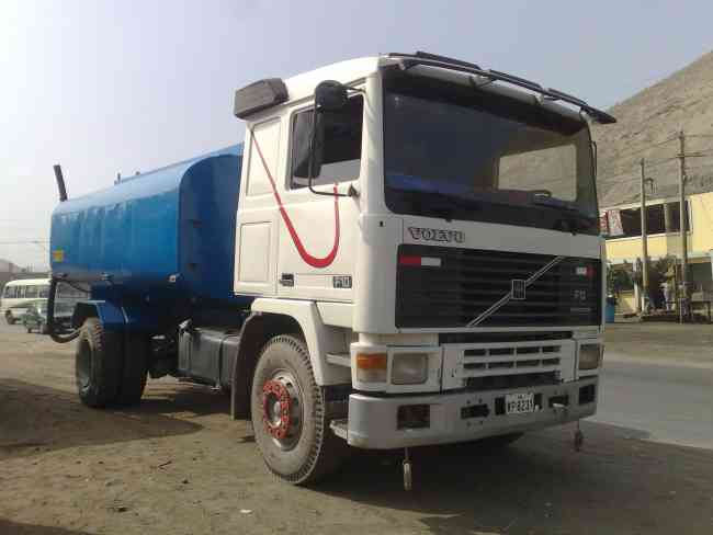 Venta camion cisterna de 4000 galones $ 26,000 USD