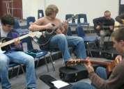 Clases de guitarra  lima peru surco tambien online
