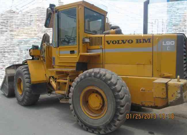 CARGADOR FRONTAL VOLVO L90 BM DEL 99
