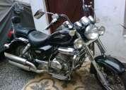 Vendo moto um renegade 200 cc